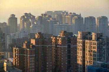 彭揚凱、廖庭輝/青年安居如何可能?政黨居住政策選前評論