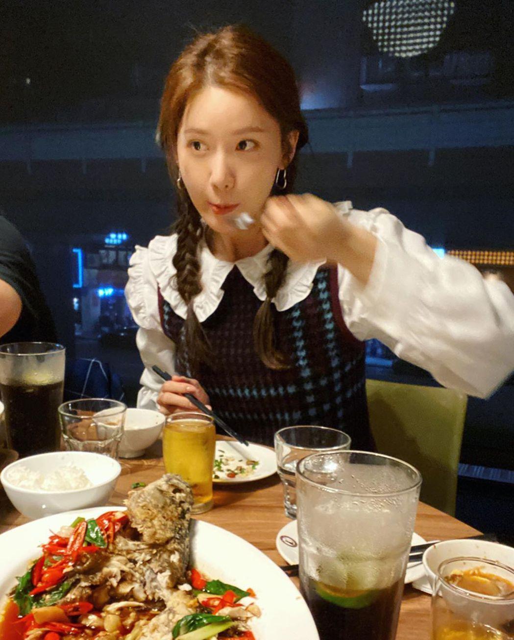 潤娥分享美食照。圖/擷自IG