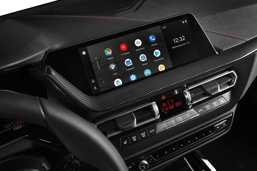 經過漫長的等待,BMW車主終於可以使用Android Auto智慧型手機連接功能...