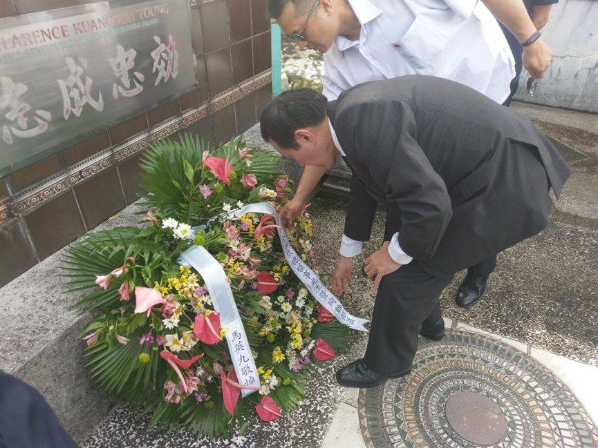 今天是南京大屠殺82週年,馬英九在臉書貼文,強調歷史的教訓不能罔顧,希望執政者不...