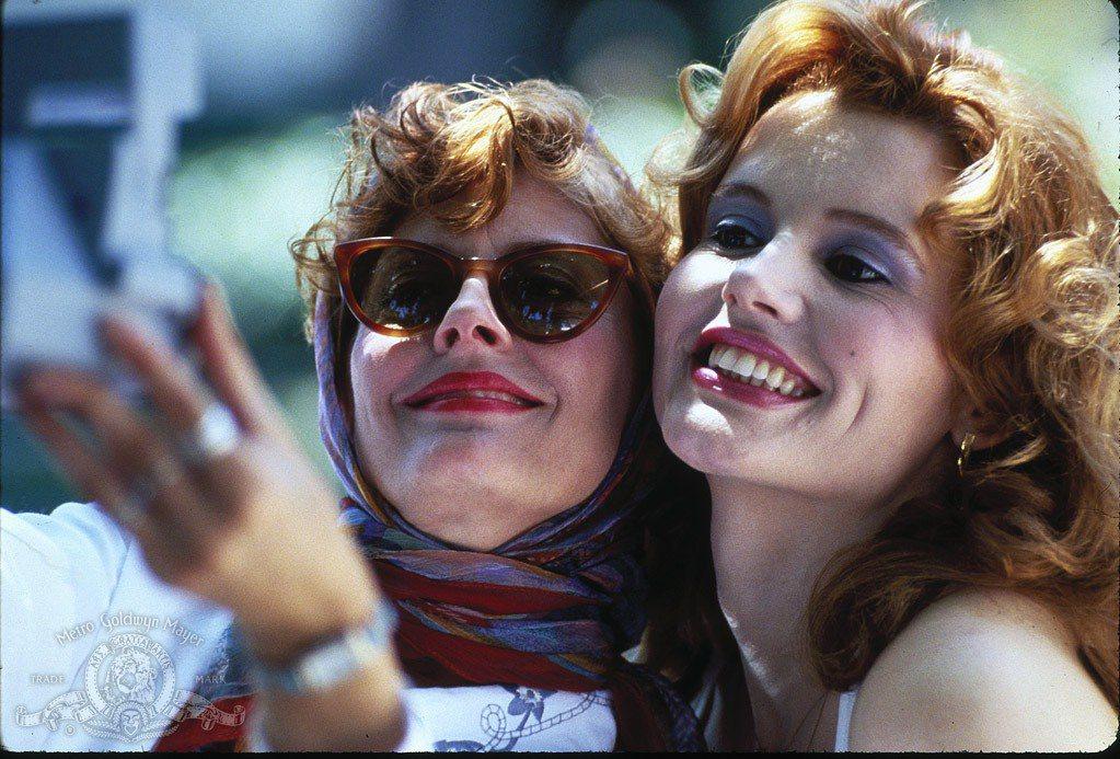 蘇珊莎蘭登(左)與吉娜戴維斯都因「末路狂花」提名奧斯卡最佳女主角。圖/摘自imd...