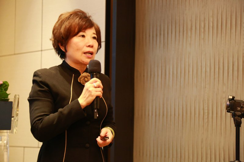 台灣癌症基金會副執行長蔡麗娟表示,HPV病毒不僅是對女性造成威脅,男性也逃不過。圖/台灣癌症基金會提供