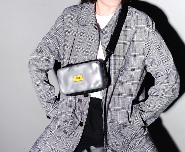 Crash Baggage MINI CASE/2,200~2,600元。圖/C...