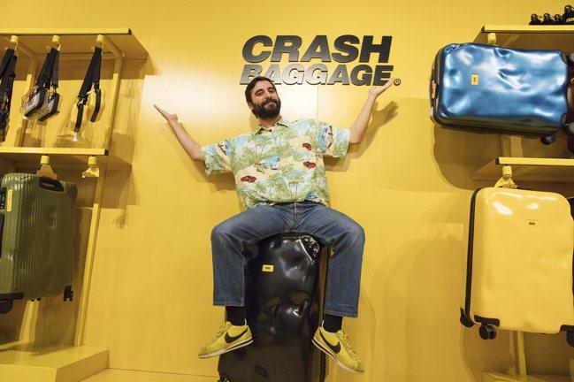 Crash Baggage創辦人Francesco Pavia來台分享理念。圖/...