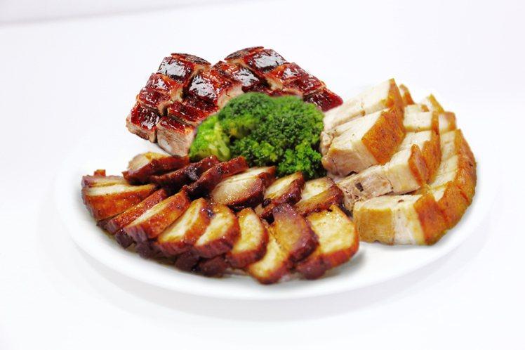 三拼(油雞、燒肉、叉燒、排骨)四選三。圖/了凡提供