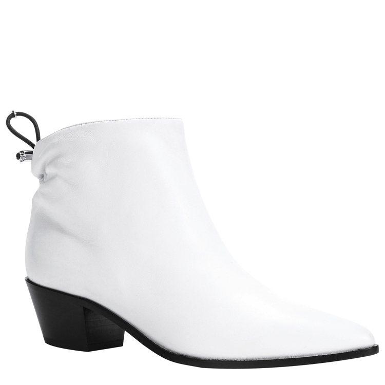 春夏鞋履系列白色踝靴,售價24,900元。圖/LONGCHAMP提供
