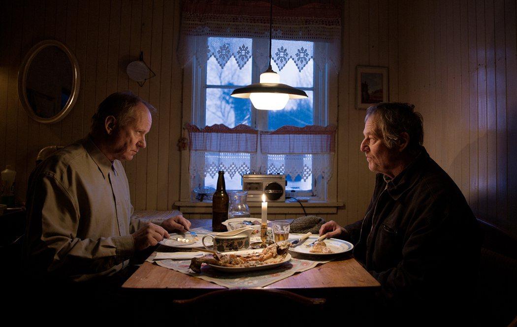 瑞典影帝史戴倫史柯斯嘉與畢勇傅勞柏格意外相遇,喚起年少創傷。圖/捷傑提供