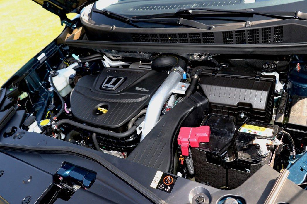 採用來自U6 GT的1.8升四缸渦輪增壓引擎。 記者陳威任/攝影