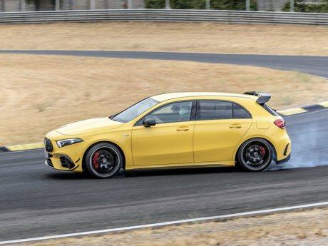 影/Mercedes-AMG A45 S到底多猛?第一人稱視角體驗!