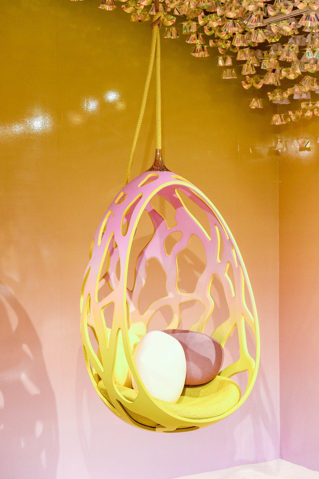 Fernando和Humberto Campana設計的COCOON鏤空玻璃纖維...