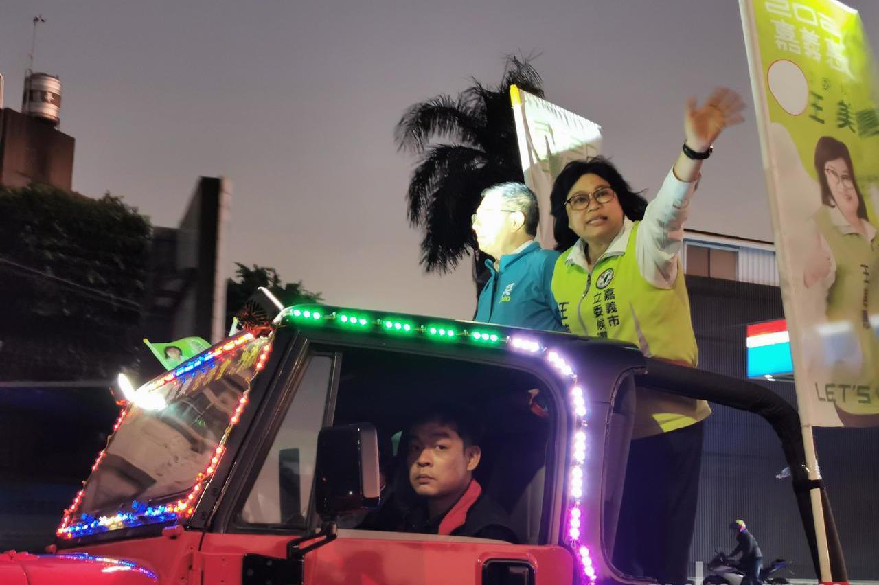 影/卓榮泰嘉義市掃街:不是為了韓國瑜而來