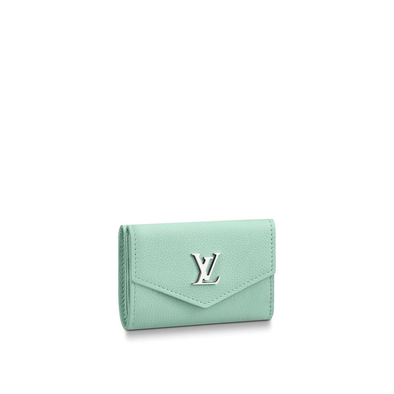 路易威登薄荷綠Lockmini小牛皮錢包,售價19,800元。圖/取自官網