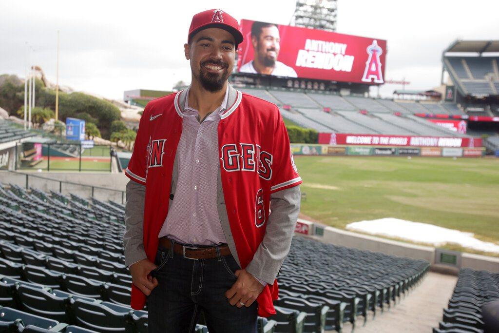 天使隊正式介紹今年自由球員市場最重量級的野手瑞登! 美聯社