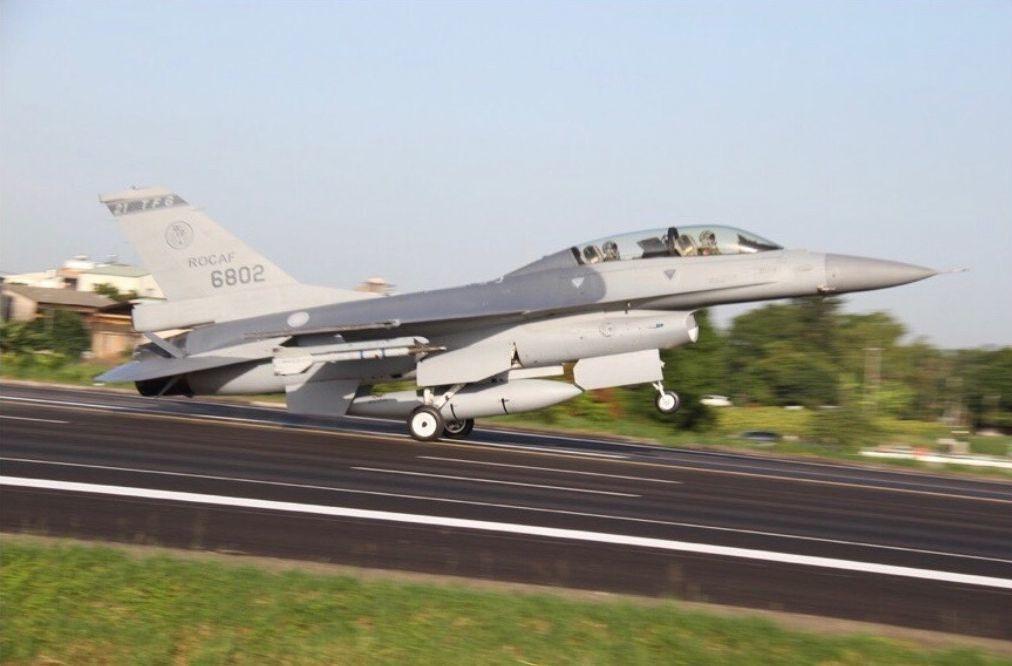 我軍F16戰機。圖/聯合報系資料照片