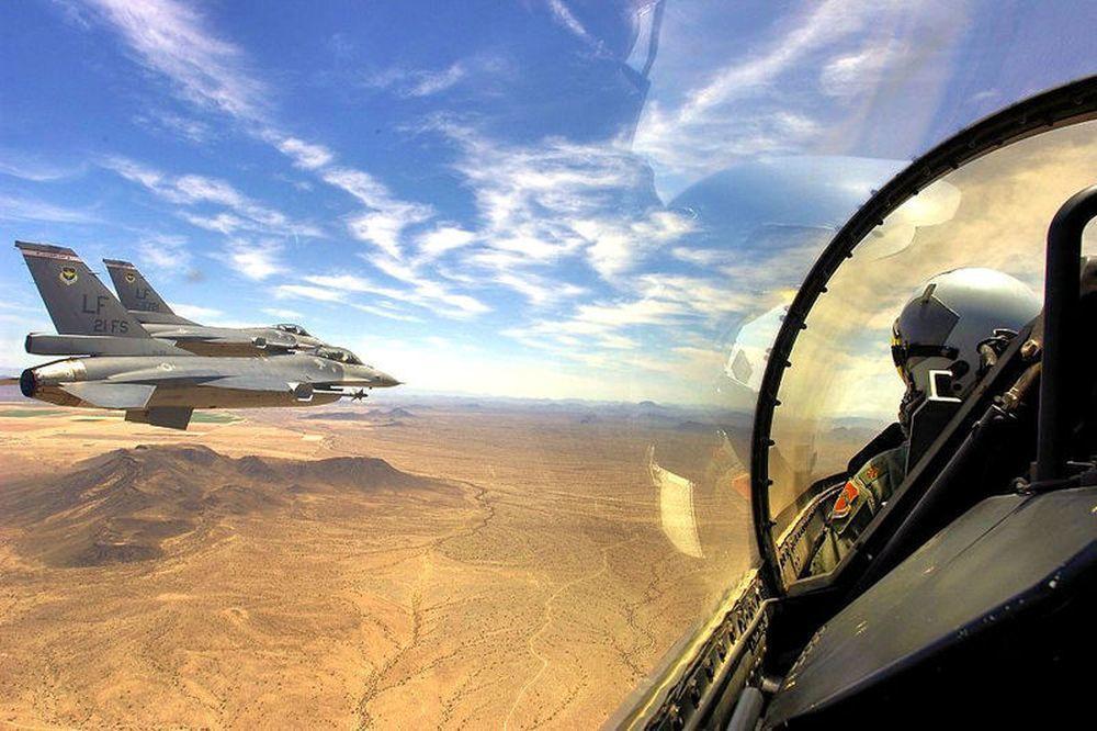 進行飛行訓練的21中隊F-16,從外觀看不出與國軍有關。(美國空軍檔案照)