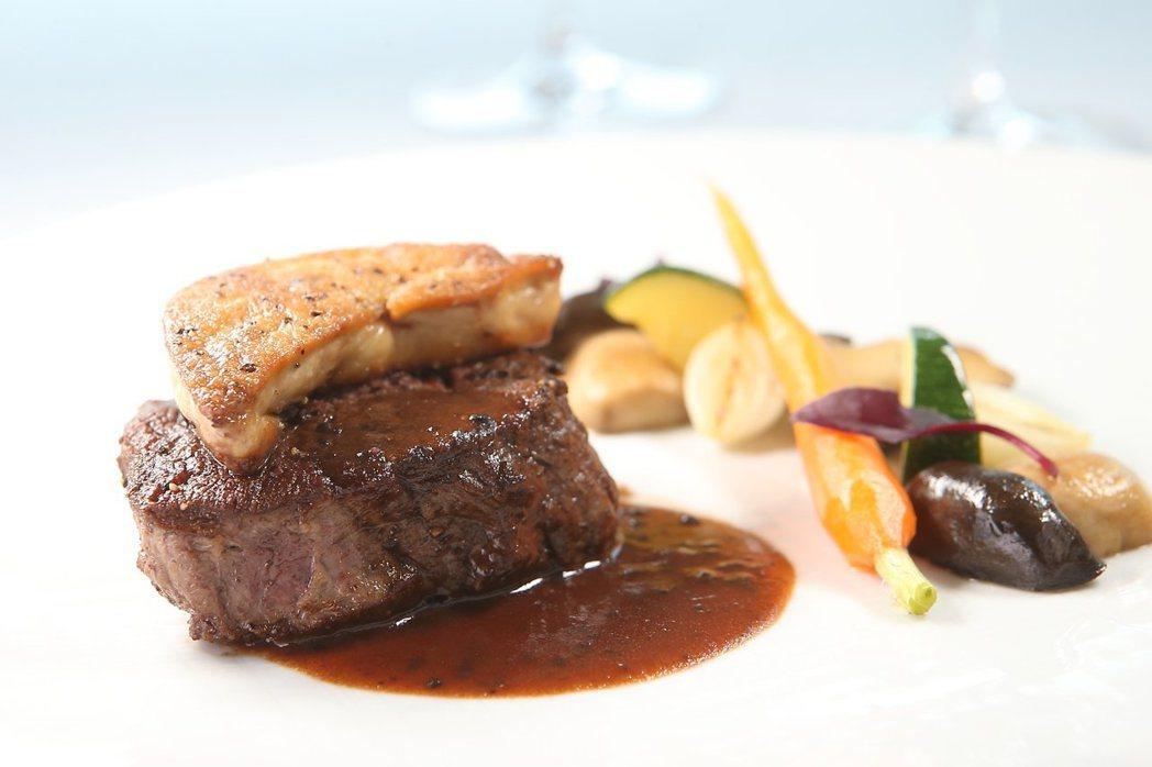 THE WANG是王品旗下最頂級的牛排餐廳。記者陳睿中/攝影
