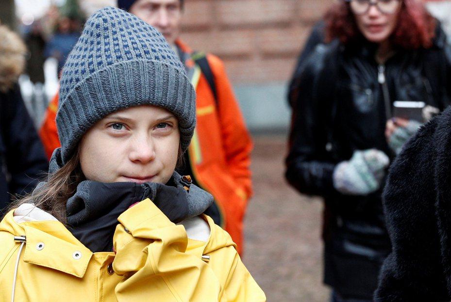 瑞典環保少女童貝里13日在義大利北部杜林的「為氣候罷課」抗議活動以英文演說。(路透)