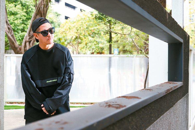 比爾賈因為熱愛音樂和影像,跨進了MV界。 記者陳立凱/攝影