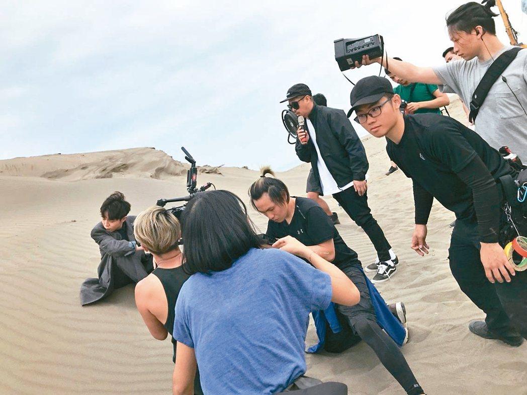 比爾賈拍攝青峰MV。 圖/比爾賈提供