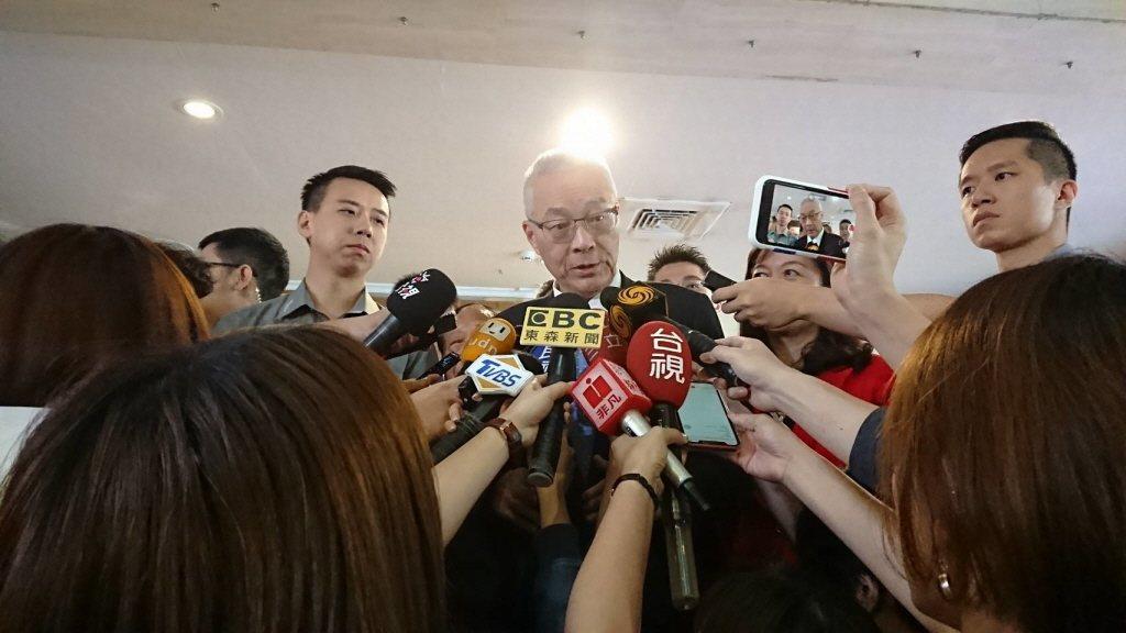 國民黨主席吳敦義提到,他當行政院長時兩岸簽ECFA,有539項清單,讓石化、紡織...