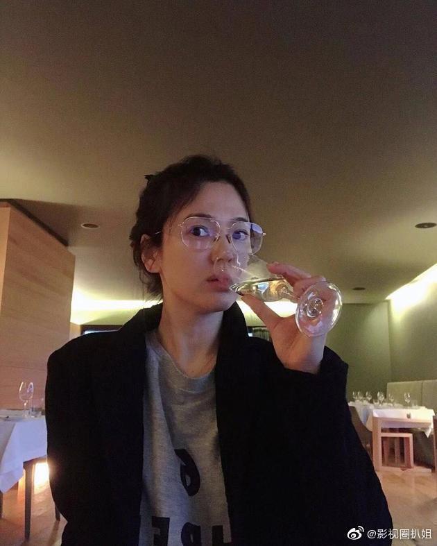宋慧喬私下素顏照曝光。 圖/擷自微博