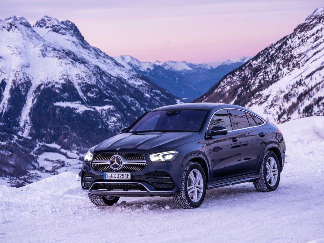新世代Mercedes-Benz GLE Coupe。圖為GLE 350 de ...