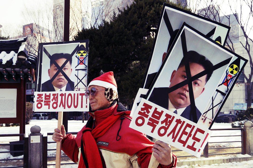 北韓從5月起,陸續試射14次短程飛彈或火箭炮,外界視為平壤當局要求美方在核談判上...