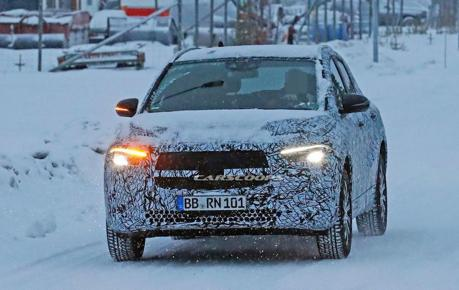 全新Mercedes-Benz EQA電動車雪地捕獲 改以休旅姿態露面