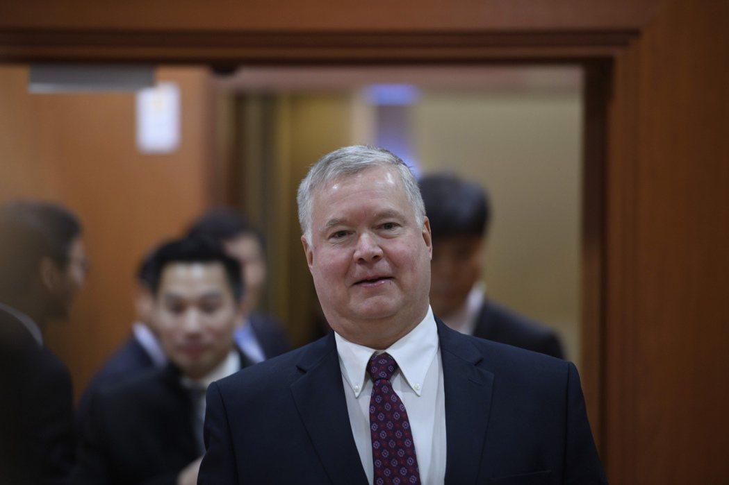 美國北韓特使畢根(如圖)16日在首爾外交部與南韓副外長趙世暎舉行會談。美聯社