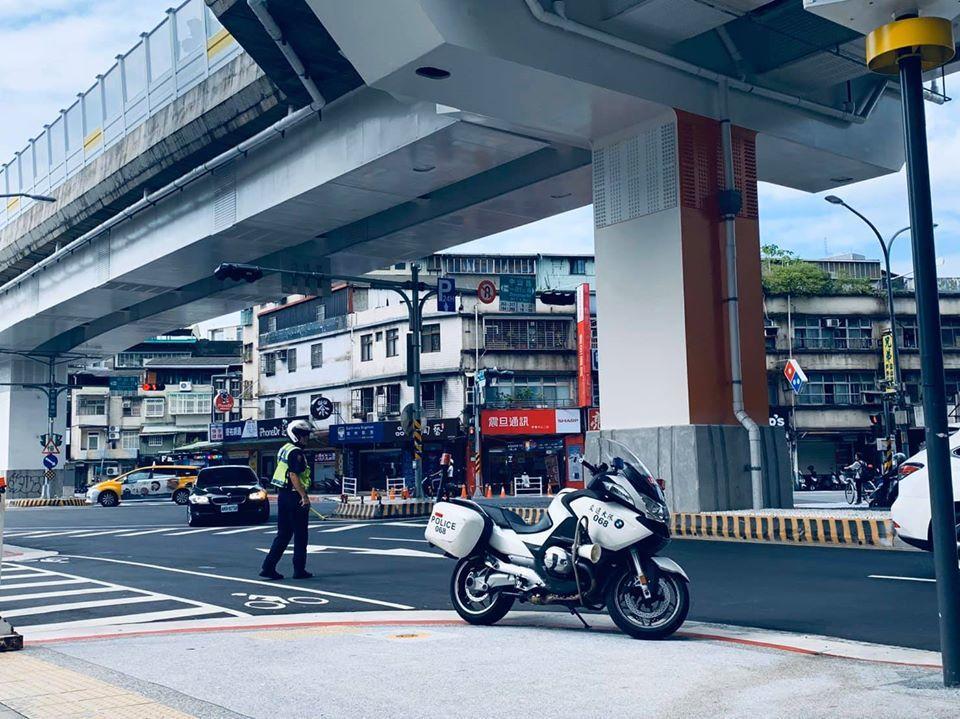 環狀線出入口周邊共23條路段,將納入交通敏感地區應變計畫,進行半年監控,如果發生...
