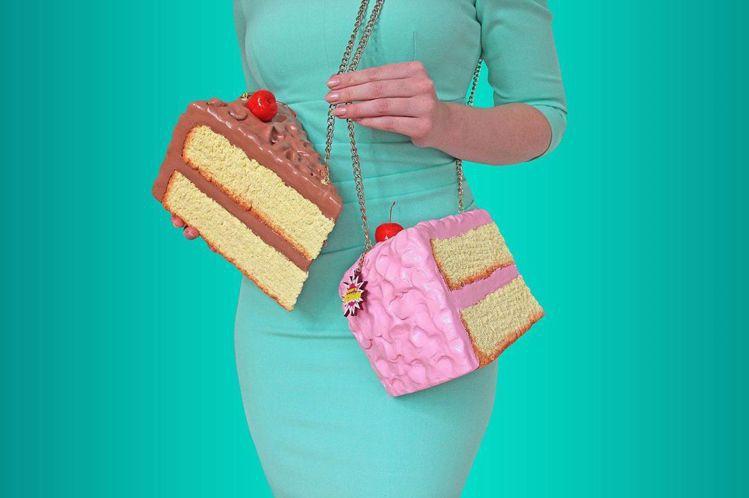 荷蘭搞怪包品牌Rommydebommy最近則是迷上甜食,推出蛋糕造型包和咖啡餅乾...