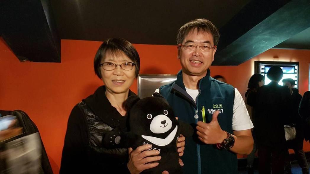 酷酷嫂周美青也蒞臨「黑熊來了」首映會支持。圖/牽猴子提供