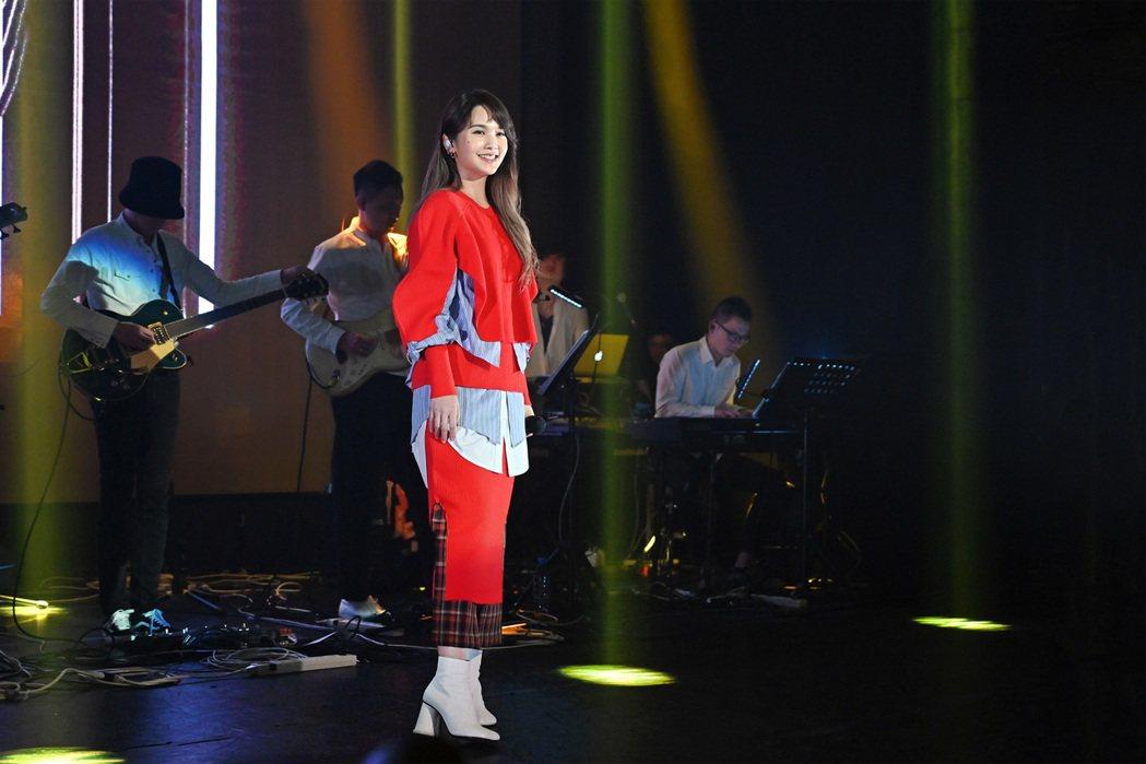 楊丞琳舉辦新專輯分享會。圖/EMI提供