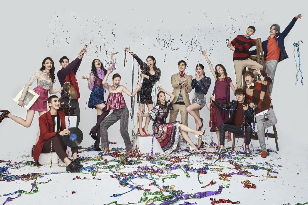 伊林娛樂藝人、名模拍攝新年賀卡。圖/伊林提供