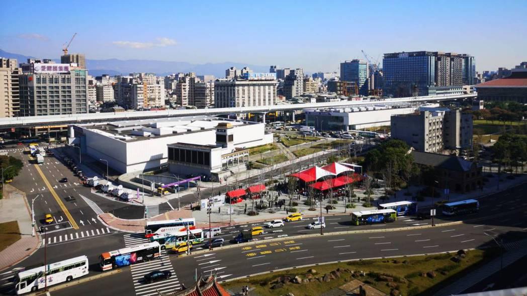 台北車站C1D1雙子星大樓聯合開發案今天舉行簽約儀式。 記者邱德祥/攝影