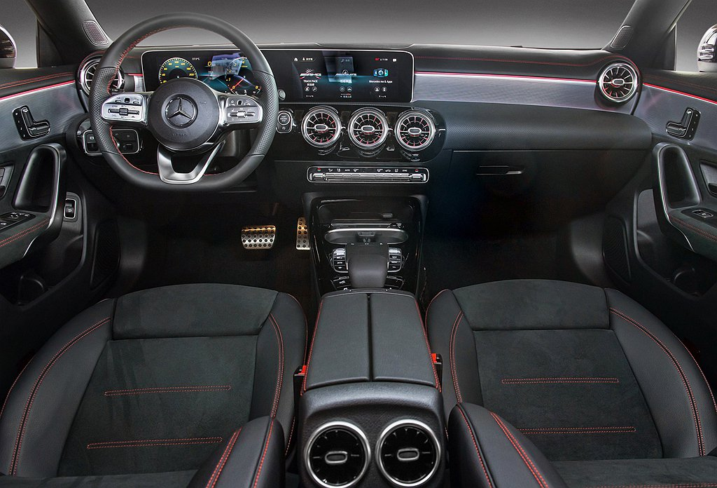 賓士CLA Shooting Brake座艙與四門轎跑相同兼具科技與豪華元素鋪陳...
