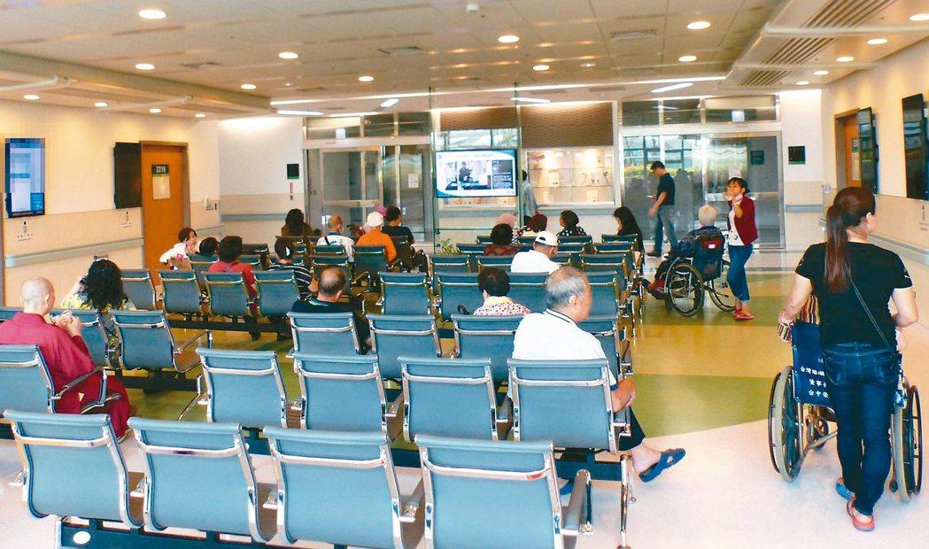 台灣健保覆蓋率更高達99.9%以上,堪稱世界之最。 圖/聯合報系資料照片