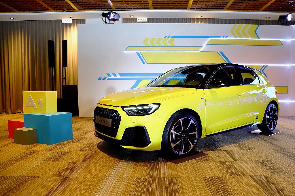 Audi Taiwan預告新世代A1 Sportback將在車展上展開預售。 記...