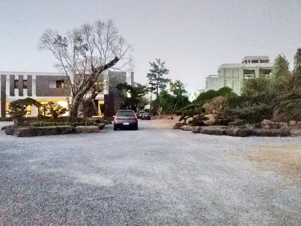 被指控違法農舍雲林縣前縣長張榮味住宅,是網紅的美麗祕境。記者蔡維斌/翻攝