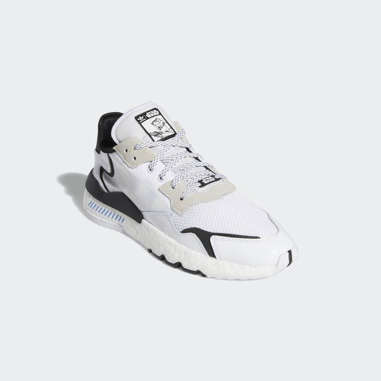 adidas x Star Wars 聯名鞋款(帝國風暴兵),售價5,090元。...