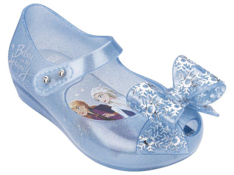 Melissa x 冰雪奇緣娃娃鞋(寶寶藍色款),售價2,980元。圖/Meli...