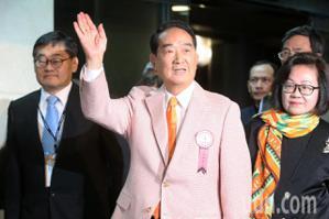挺韓國瑜續留高雄 宋楚瑜:不會像民進黨小裡小氣