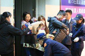 學者看政見會/韓國瑜給蔡英文相當大壓力