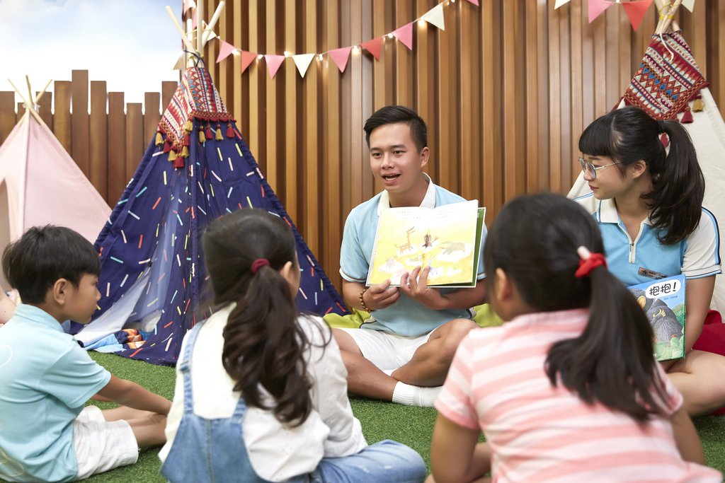 墾丁凱撒休閒中心兒童說故事活動。墾丁凱撒大飯店/提供