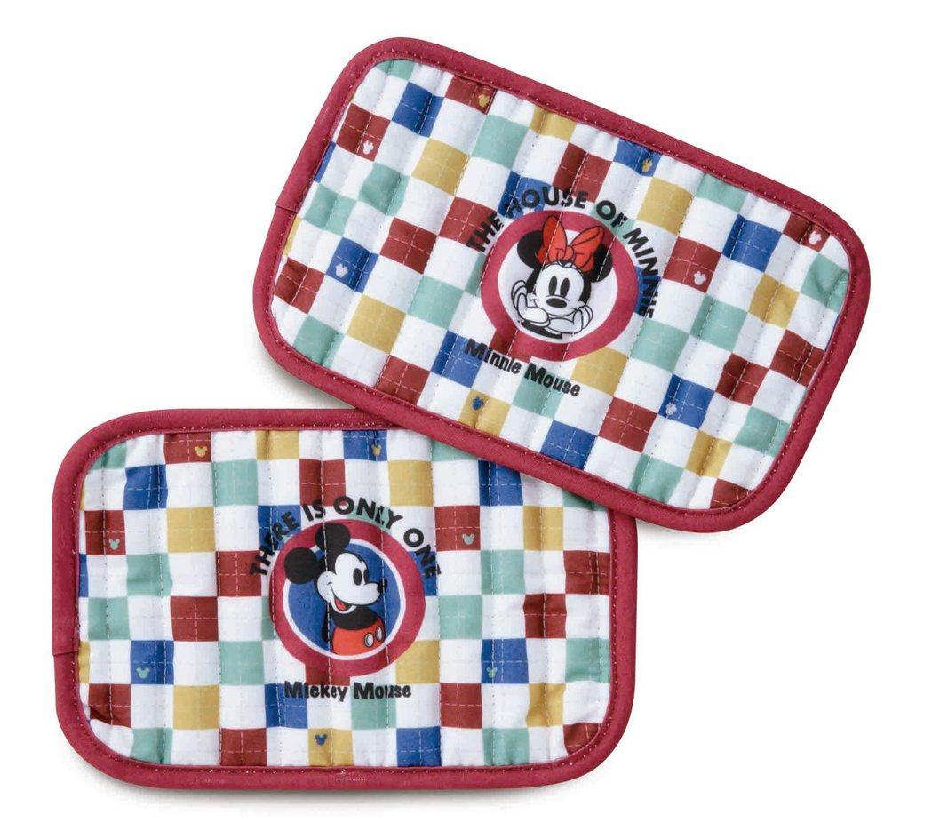 HOLA迪士尼系列米奇鍋墊隔熱手套兩用組,原價599元、特價399元。圖/HOL...