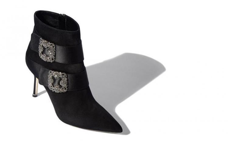 Manolo Blahnik秋冬超細跟的Plinia靴款,47,800元。圖/M...
