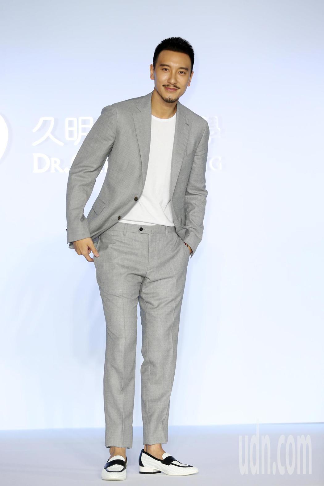 藝人王陽明為美容醫學年度見證記者會 。記者曾吉松/攝影