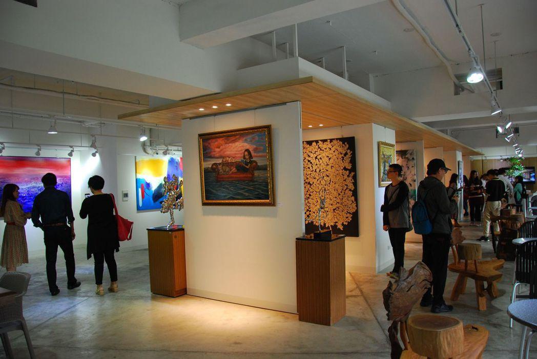 藝術中心佔地百坪,可展示更多的藝術品。 楊鎮州/攝影