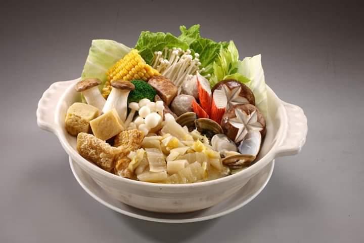 螺情製作的東北酸菜白肉鍋是經典人氣年菜。 螺情食品/提供