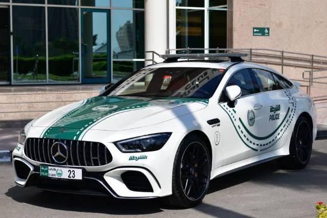 好車不嫌多 杜拜警方加入新成員Mercedes-AMG GT 63 S